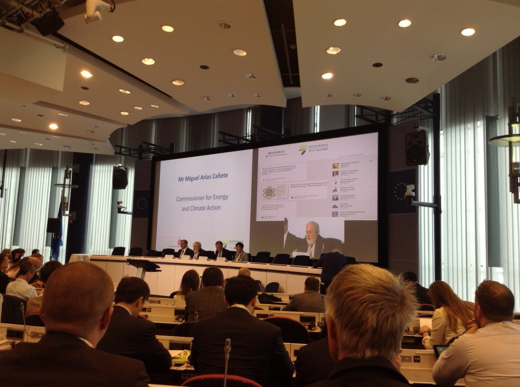 Thumbnail for Heating & Cooling at EUSEW 2016