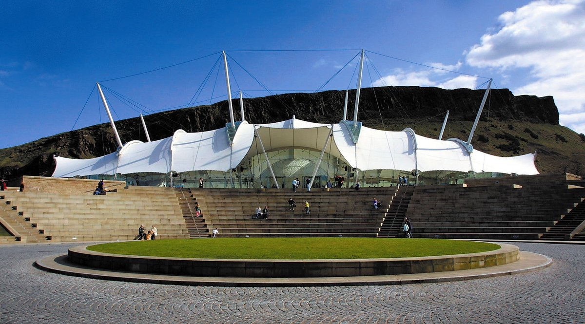 A warm welcome to all @WTLS_16! We hope you enjoy your time in Edinburgh @ourdynamicearth! #WTLS16 #PromoteEdinburgh https://t.co/dG4MLceZ1W