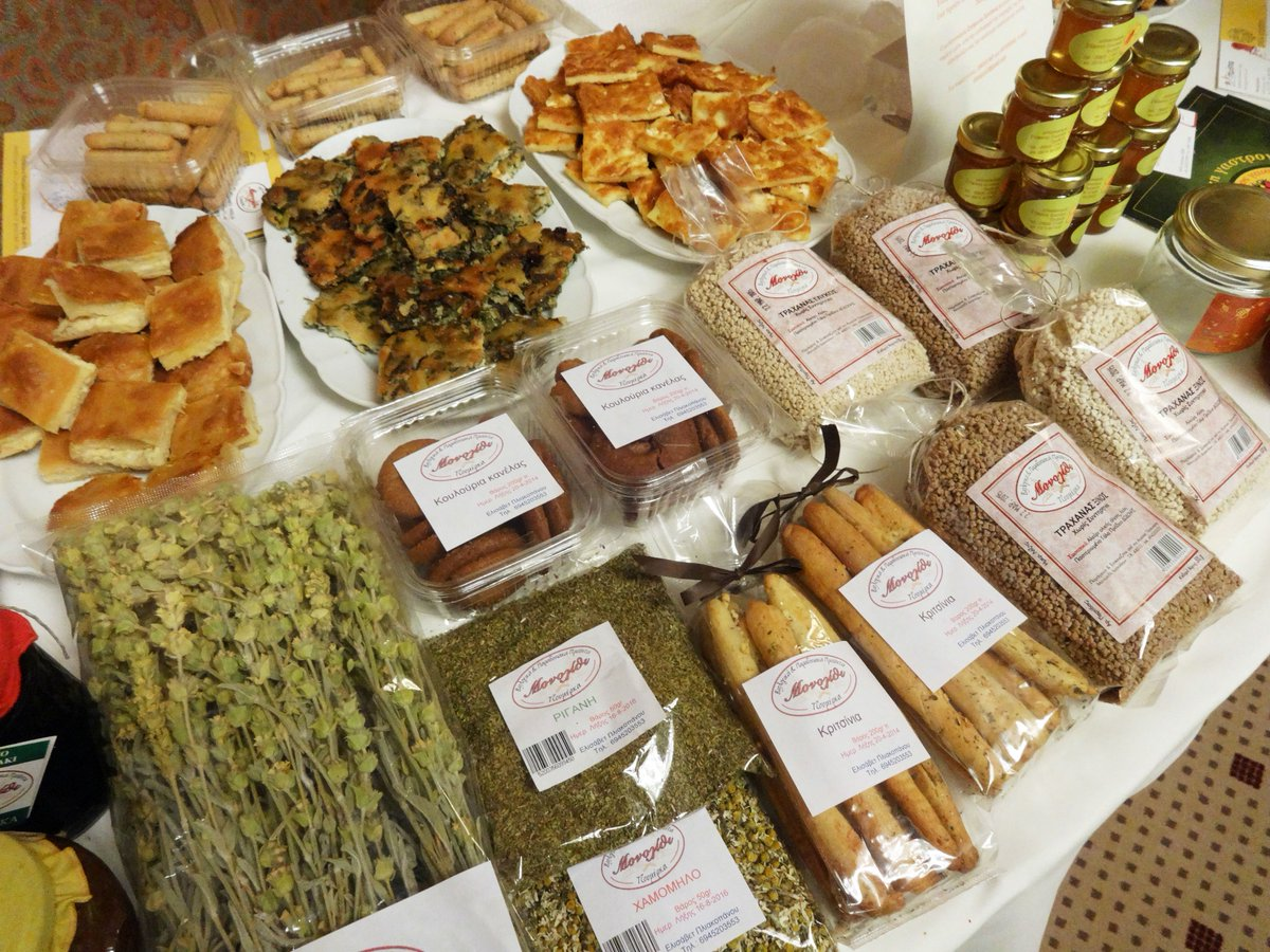Рецепты греческого салата с курицей и сухариками