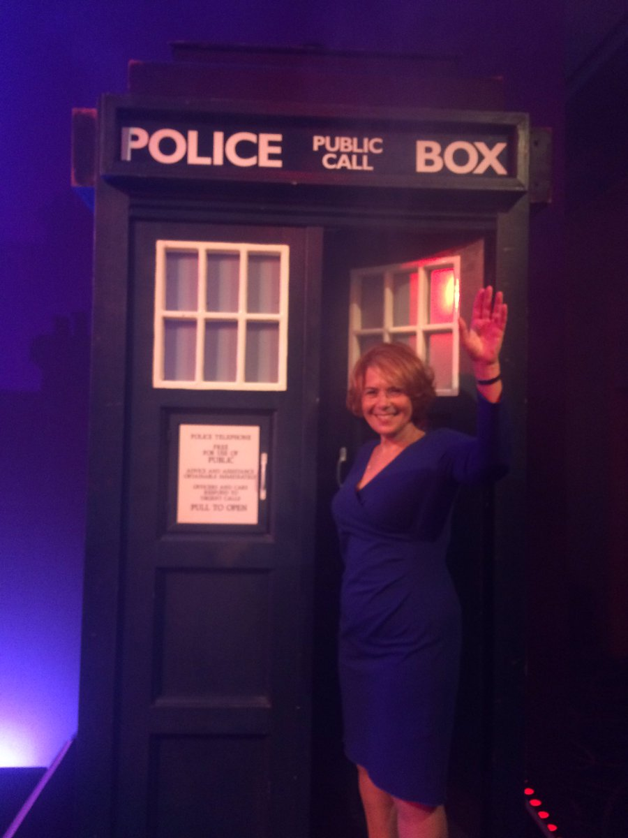 First time I've ever arrived in a Tardis to give a speech. Thanks #mozlondon for a great event https://t.co/BtIK0f5rry