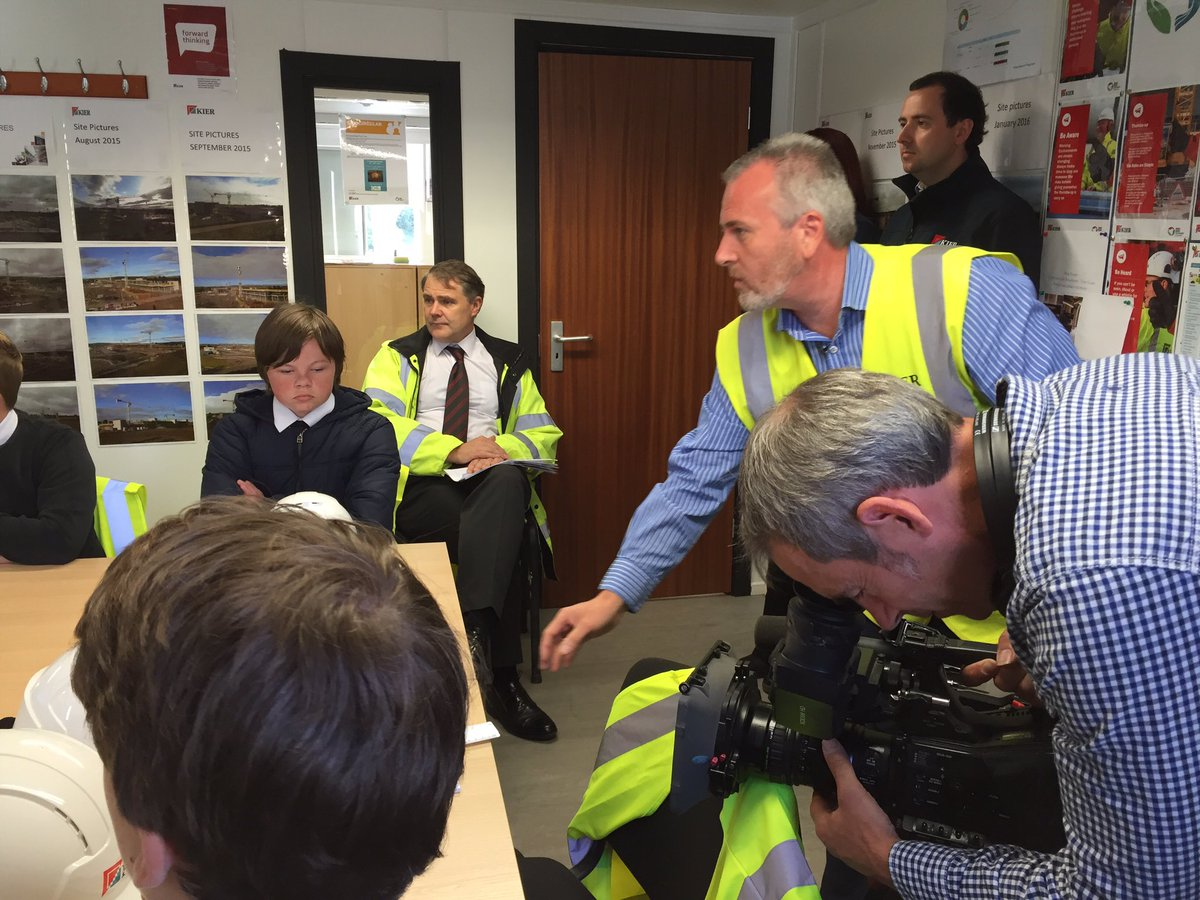 Inspiring day in Scotland as construction sites open their doors to the public. #opendoors16 Thanks to @kiergroup https://t.co/vBmIKgACWW