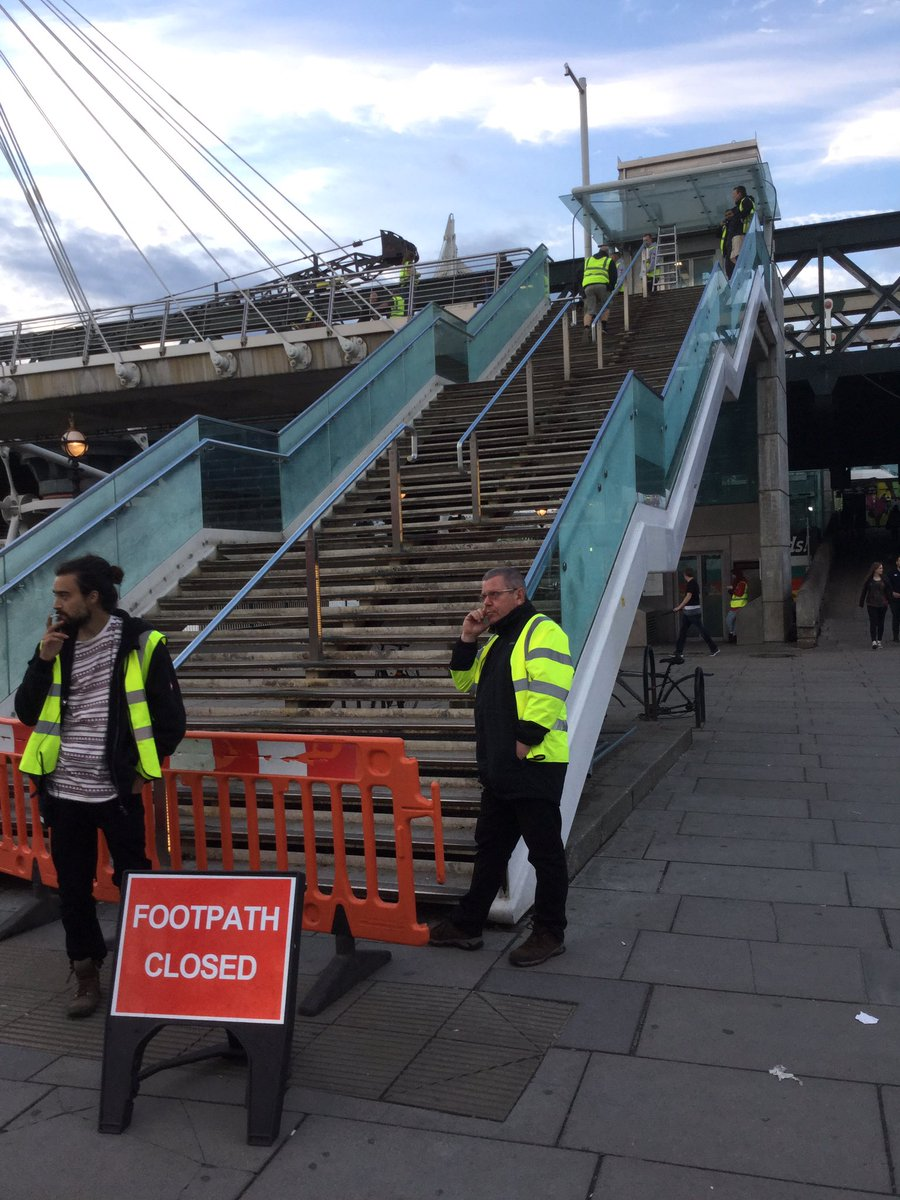 They've taken over the bridge #setlock https://t.co/7DpXonS7br
