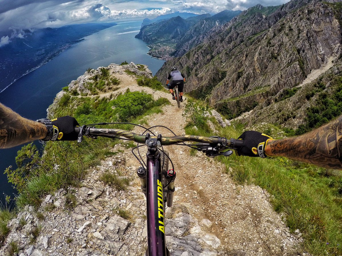 And the most epic place I have ever been, goes to Lake Garda, #italy #gullyverstravels #epic #GoPro https://t.co/mpbgWwf7F9