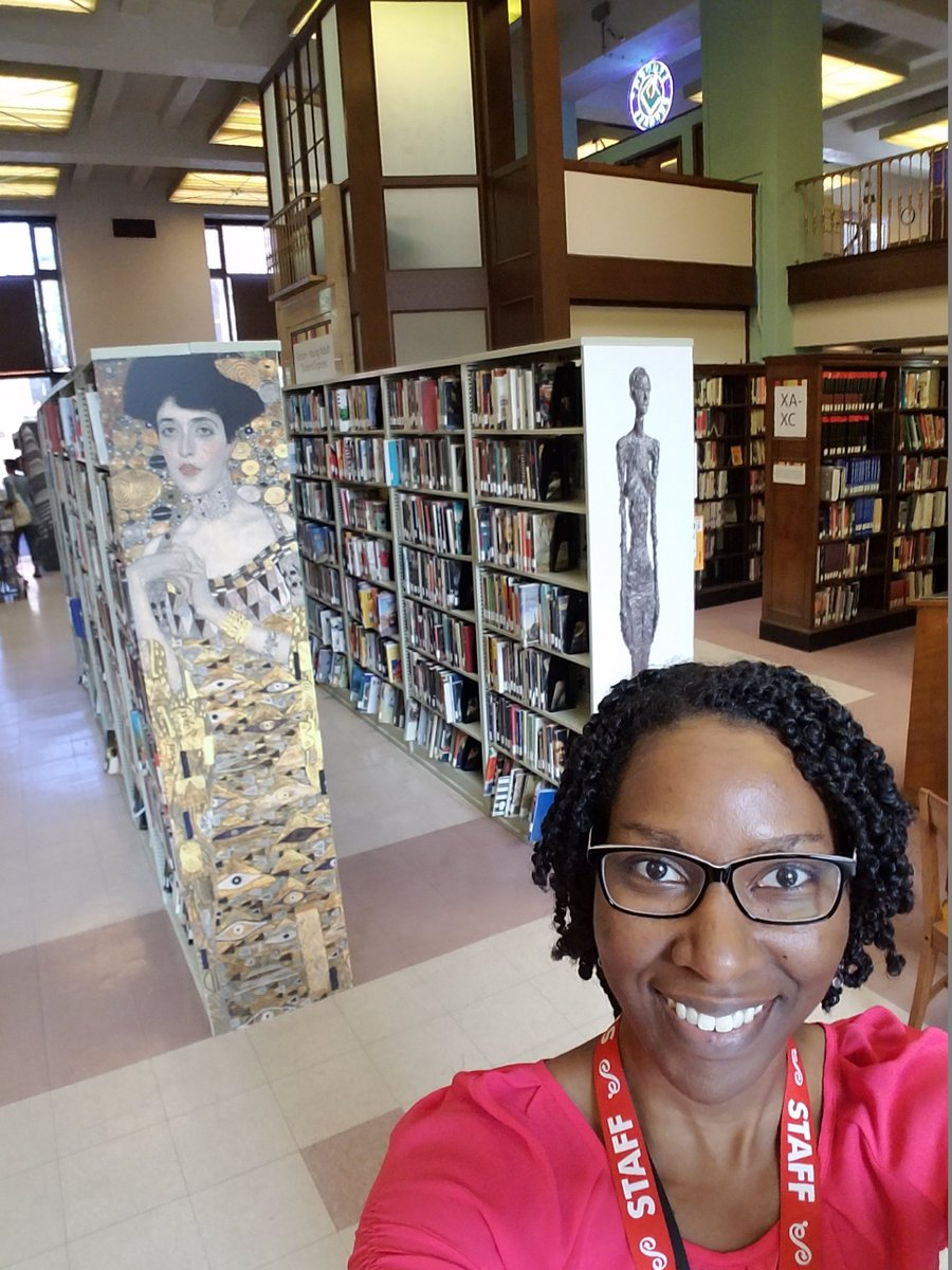 At the Central Library enjoying the books!  #PrattSelfie https://t.co/x27LTVE8Tf