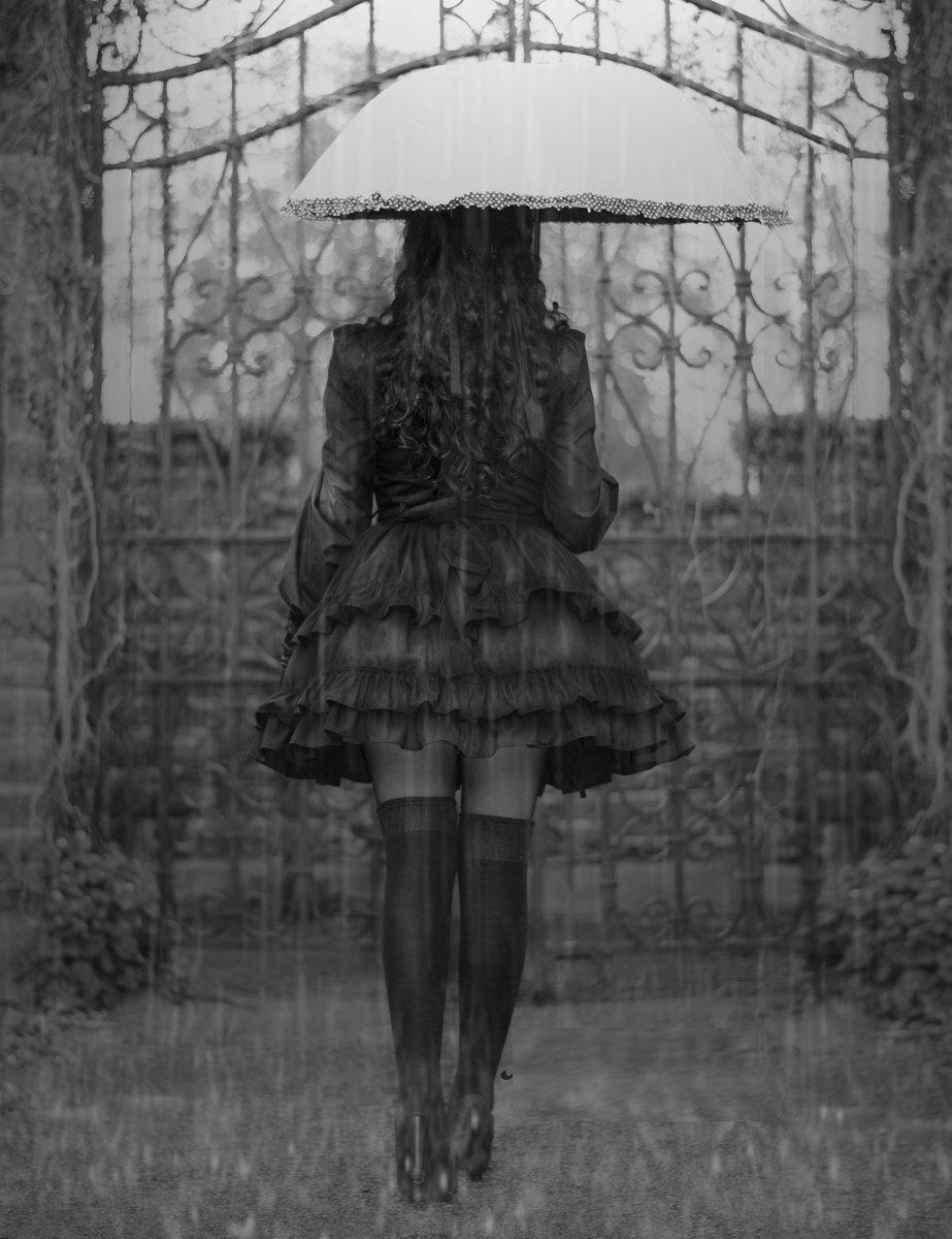 Bajo la lluvia Ck8H5YfXEAEH91u