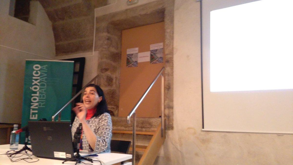 #IIIXorBiblioEspe Pilar Martinez presenta las colecciones singulares del CSIC https://t.co/65BVnQvtTk