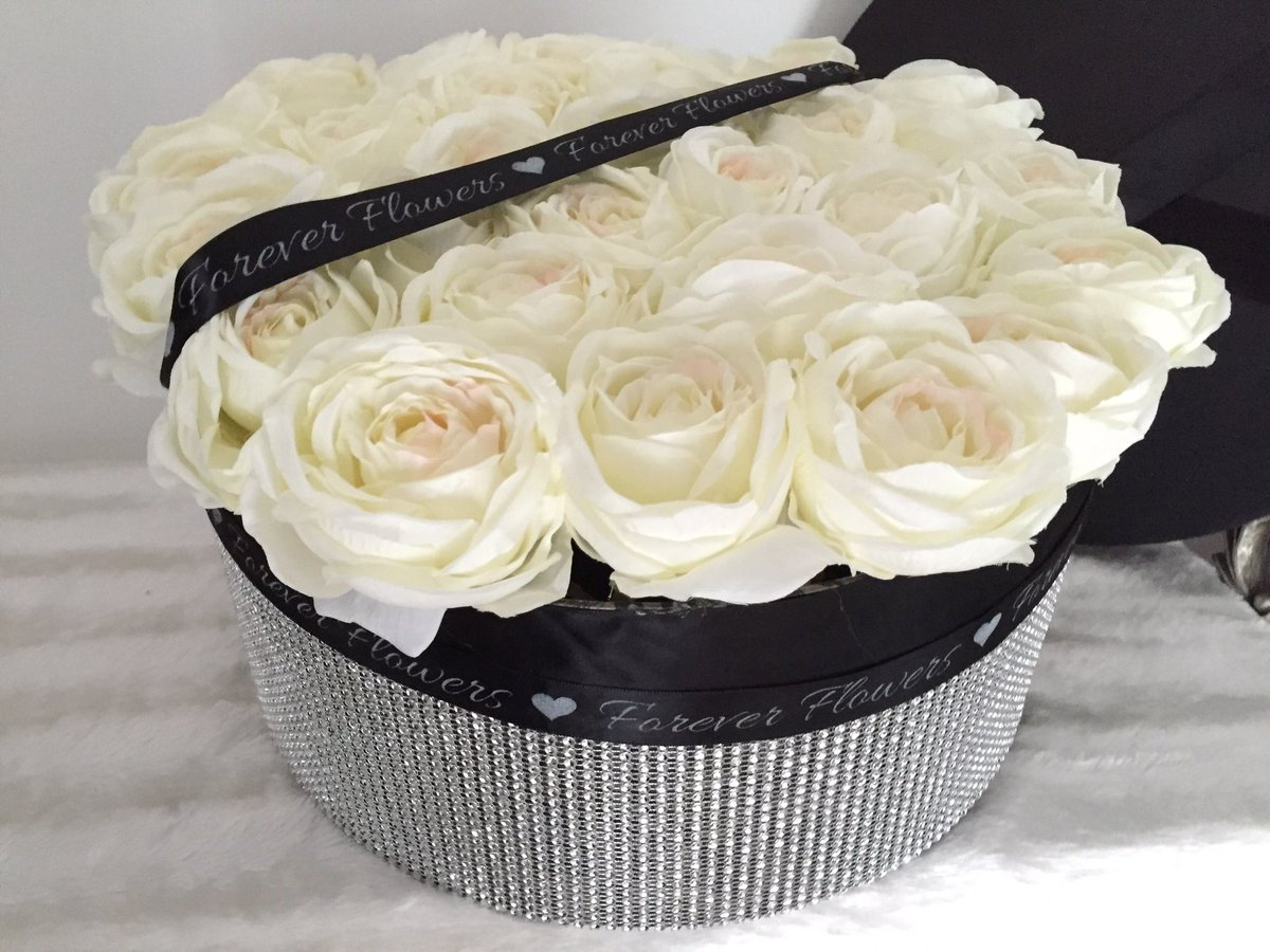 Forever Flowers On Twitter Beautiful Cream Roses In Diamonte Hatbox Handmade By Foreverfloweruk For One Of Our Lovely Customers