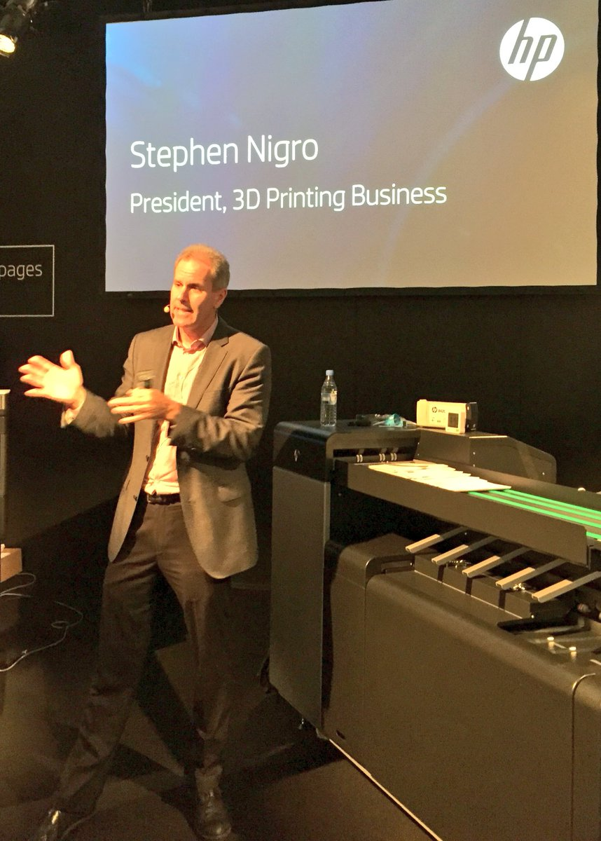 Getting a deep dive on #3dprinting tech from Stephen Nigro @HPGraphicArts #drupa2016 https://t.co/yBhJZ9m0c2