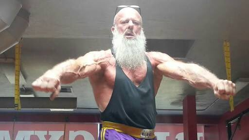ダンブルドア先生の真の姿マッスルすぎw完全に物理攻撃最強な筋肉でしょこれwww