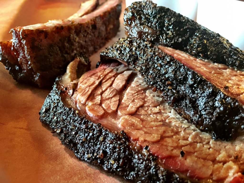 Brisket and ribs from @TejasChocolate. Lush, beefy, superb bark. They are legit.  #houbbq https://t.co/uriegeQsAL