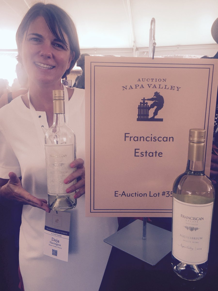 Our own Deja Harrington is cooling @AuctionNapa folks off with our 2014 Equilibrium. #ANV16 https://t.co/hBqvKK7CPY