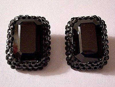 Bellini Black Crystal Square Clip On Earrings Gold To…  #PrettyVintiqueJewels #BelliniJewelry