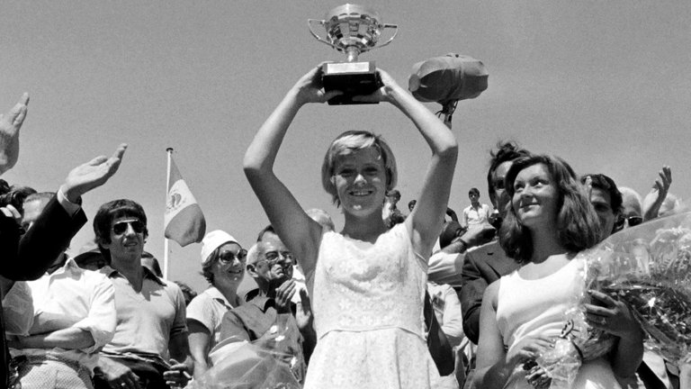 The last Briton to win the French Open - the very fabulous and lovely Sue Barker in 1976. https://t.co/hq8uNpEQn2