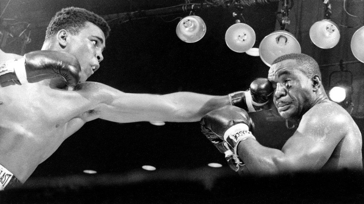 The Champ. Always. Forever.    Rest in peace, @MuhammadAli. #Legend https://t.co/0BftMcNVbk