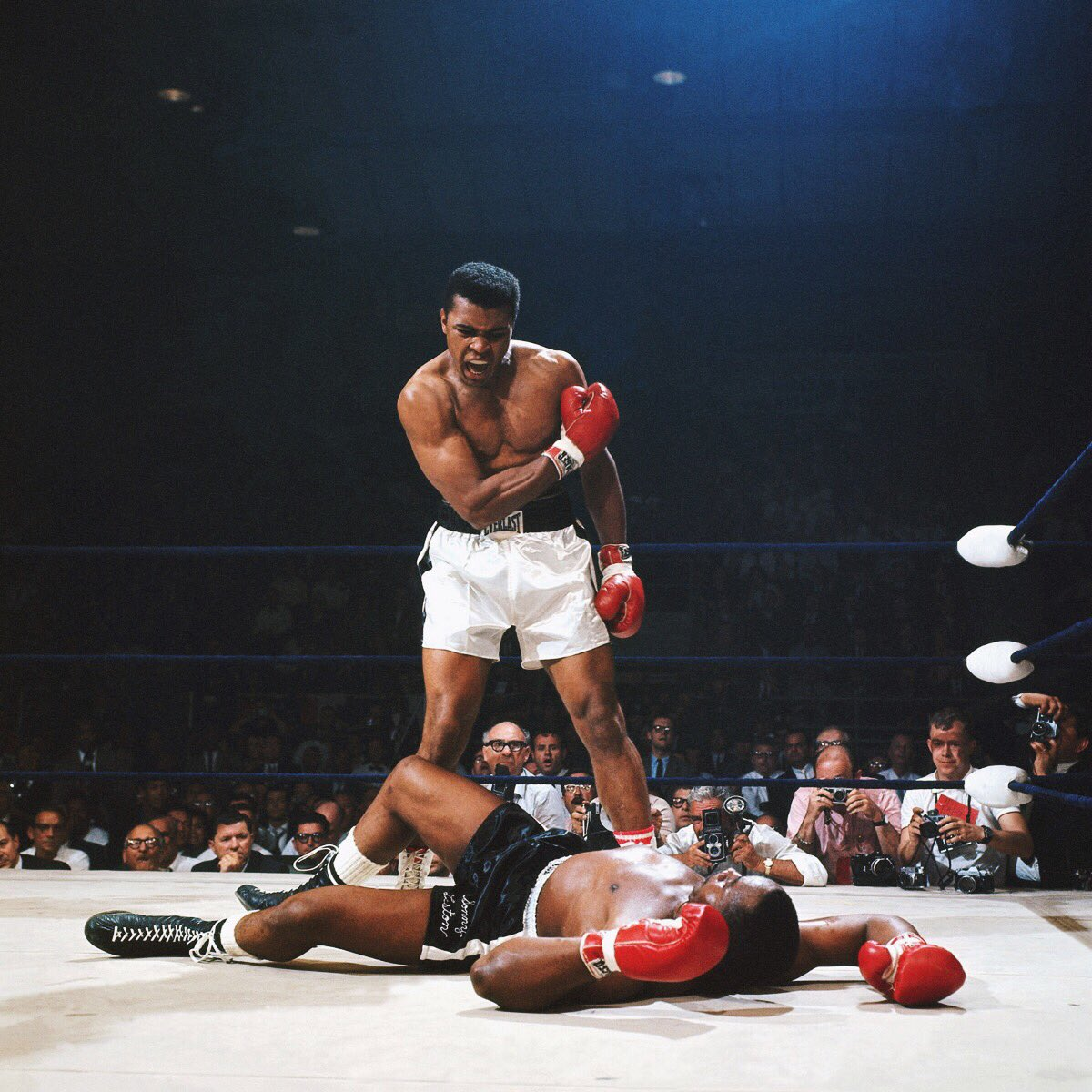 the greatest of all time. RIP. https://t.co/WXp6rx6CYQ