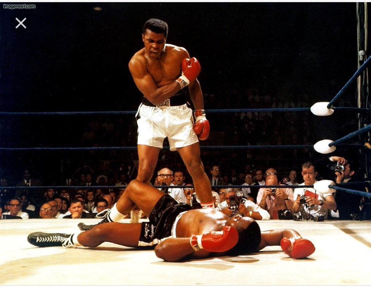 The only person that I have met that I was speechless the real greatest of all time Mohammed Ali you will be missed. https://t.co/CPhHG2A3oC