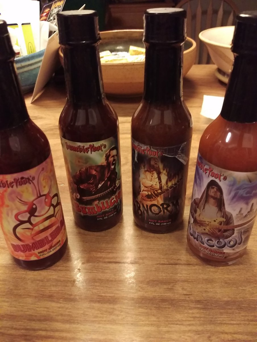Finally stocked up again on @bumblefoot sauces #BumbleSauces #Yum https://t.co/0n4lJLIUJX