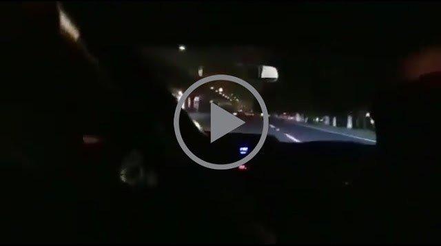 Ragazzi filmano la loro morte in diretta durante una corsa d'auto illegale in Messico