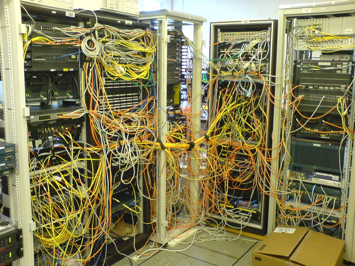 Fscom Fiberstore On Twitter I Dont Know Whether These Cable Ties Network Wiring Diagram Room Com Are Helping Or Worsening The Management Datacenter