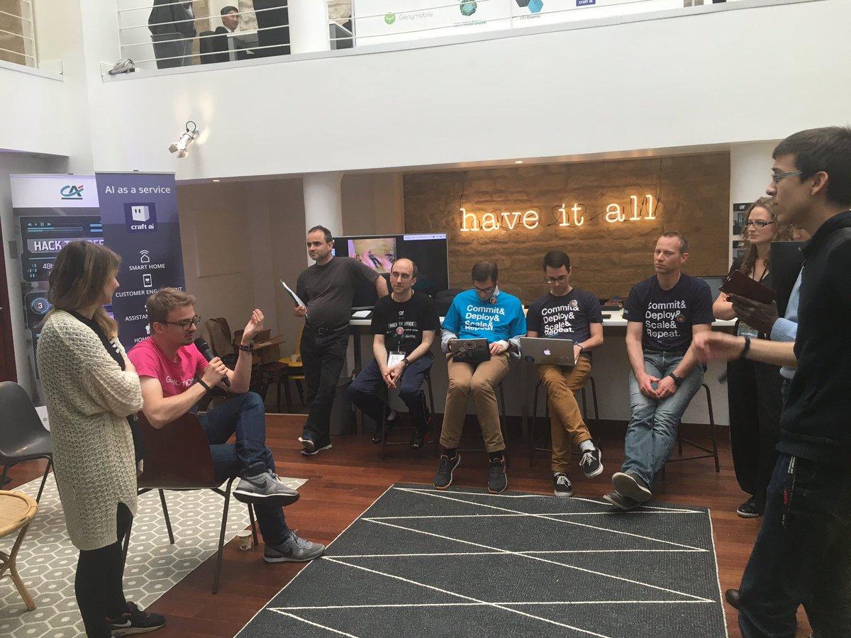 Les coachs sont là pour vous conseillez pour vos démos finales :) Merci @jcleneveu et @IBMWatson  #hacktheoffice https://t.co/3kkBafvY1o