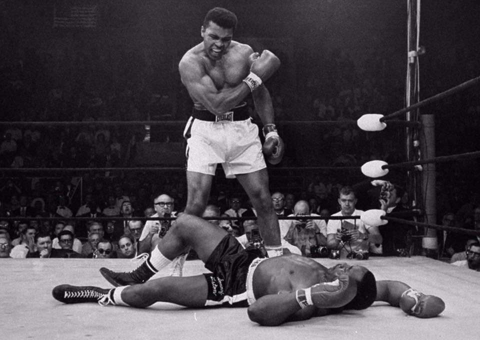 Float like a butterfly forever my friend. You have always been my idol & will always b the greatest! The one & only! https://t.co/LiHFkIKZoX