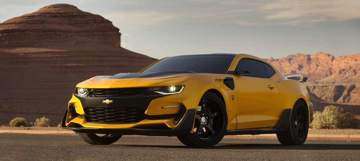 Bee is back! @generalmotors really got it done with this custom-built 2016 Camaro. #transformers https://t.co/t8NkOQlqc5