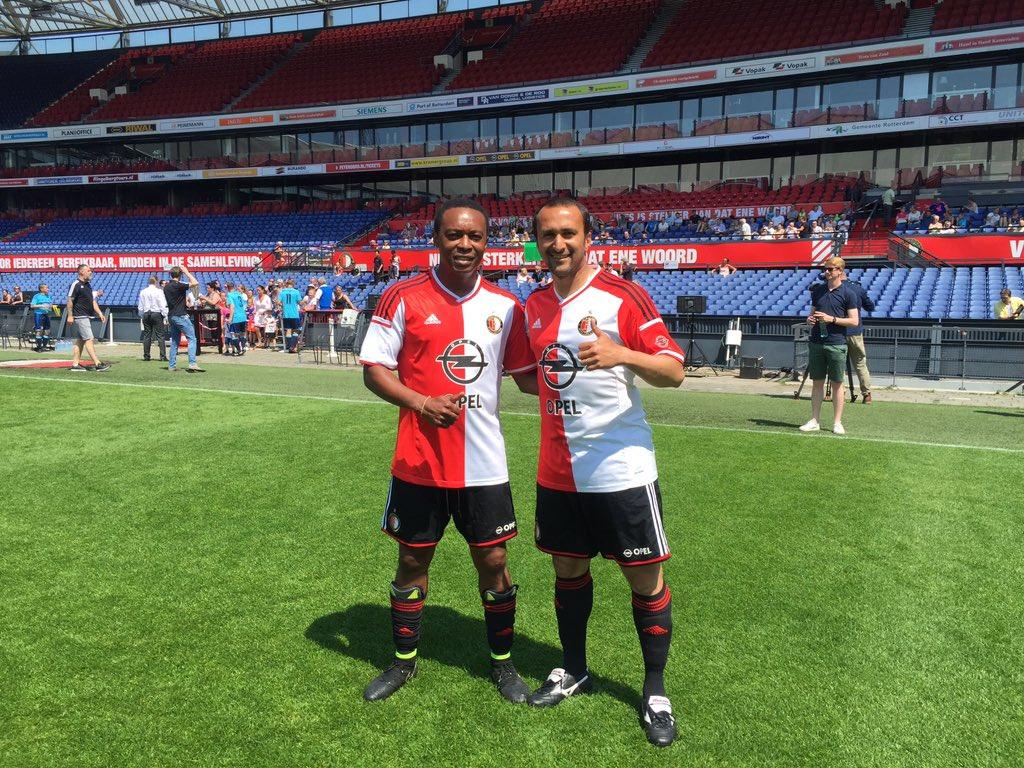 Oud Feyenoord Vandaag Met Onder Meer Regi Blinker Leonardo Dos Santos Andwele Slory Christian Gyan Mike Obiku Pic Twitter Com Czfbdfdx