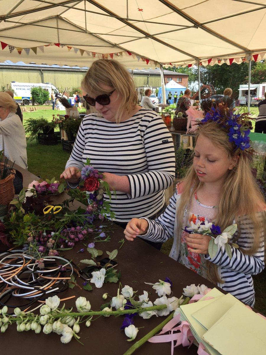 Flower headbands being made by @misspickering #ofs #openfarmsunday https://t.co/BmwFKVsHJe