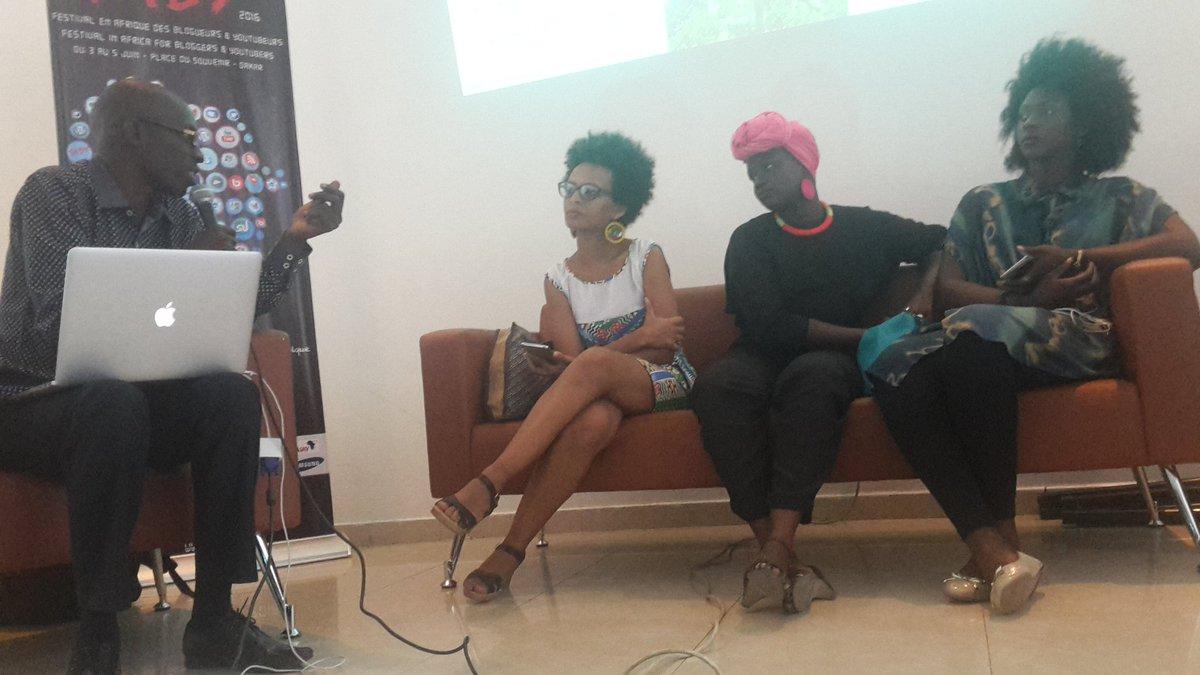 @mountcisse notre modérateur sur la beauté de la femme africaine à #LeFABY2016 #kebetu #Senegal @easofficiel https://t.co/9ksxA7D5xa