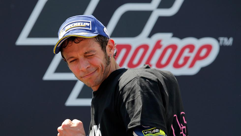 Super Rossi a Barcellona: rimonta di Valentino che vince Catalogna MotoGP