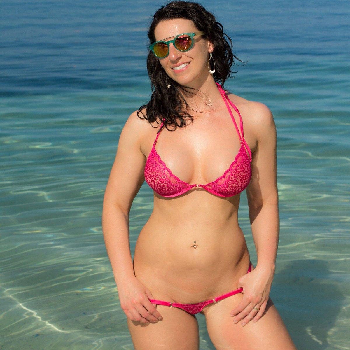 Plus size nude curvy women