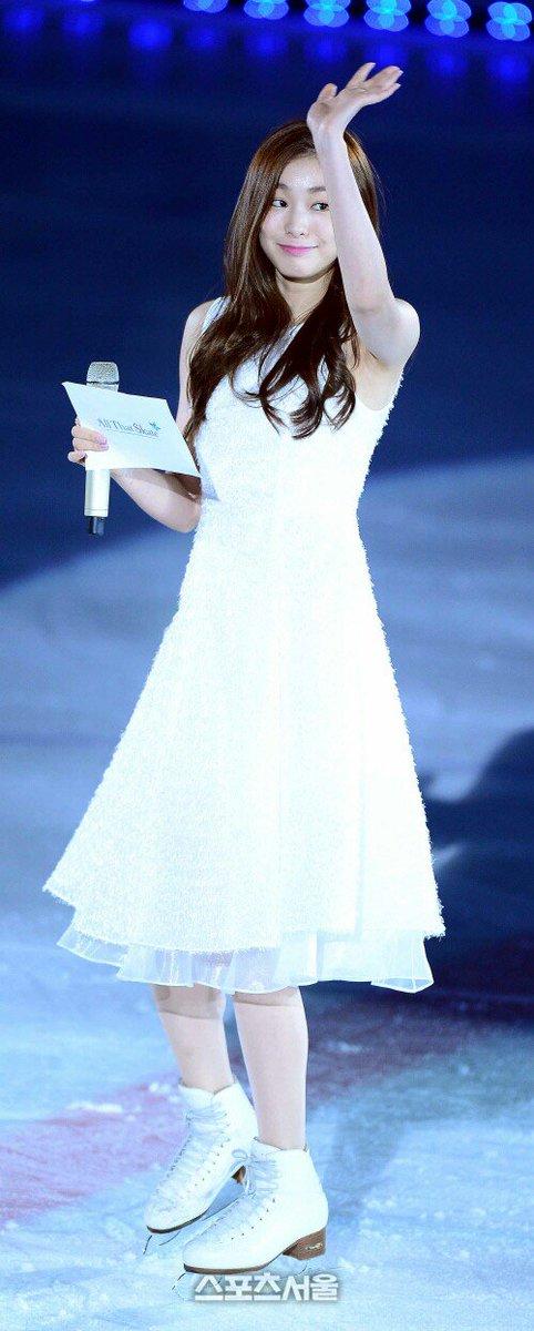 흐아아아ㅠㅠㅠㅠㅠ 천사다ㅠㅠㅠㅠ 얼음 위의 천사가 나타났어ㅠㅠㅠㅠㅠㅠ 끙끙 ㅜㅠ 연아 세젤예ㅠㅠㅠㅠㅠㅠㅠㅠ https://t.co/VhosPtx9x2