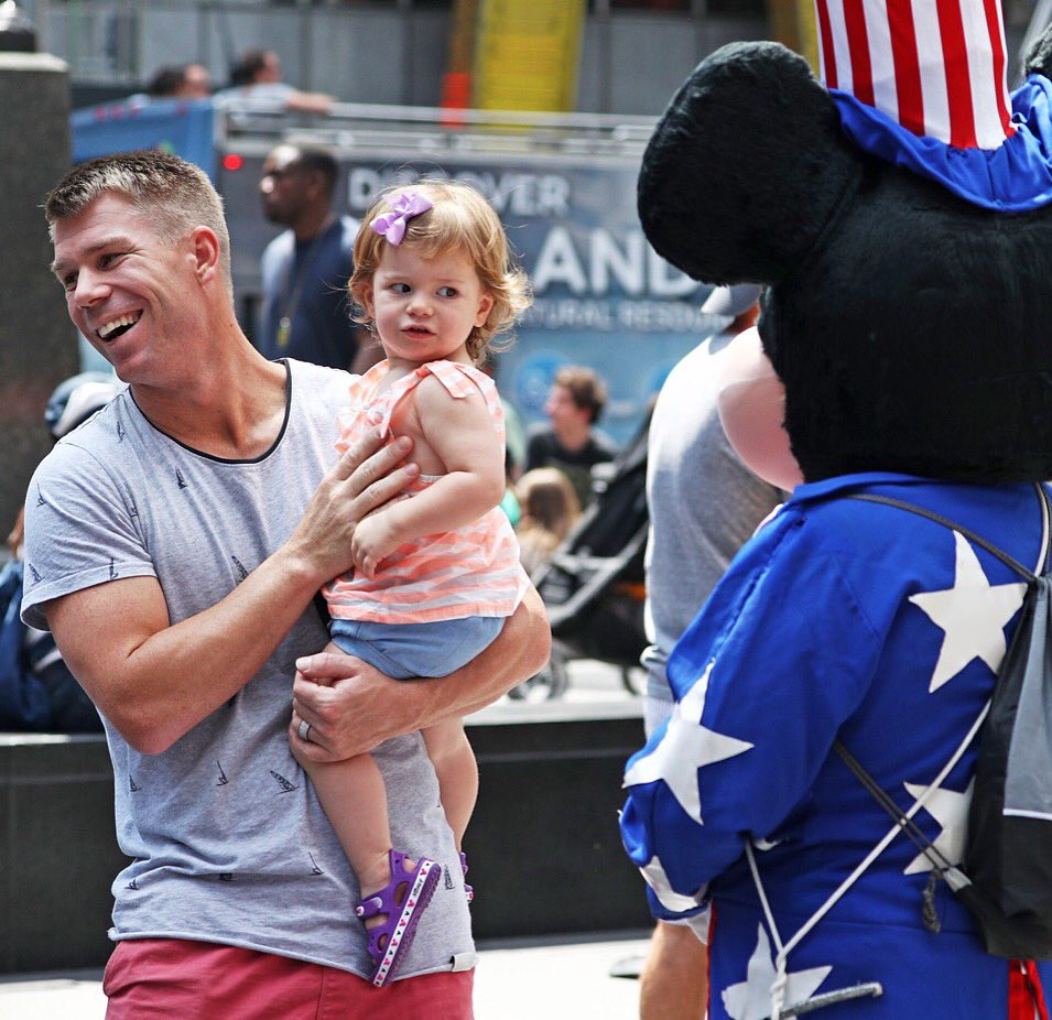 It's fair to say Ivy wasn't the biggest fan of Mickey Mouse on our recent trip to New York. @davidwarner31 https://t.co/7tfQPY9dHZ