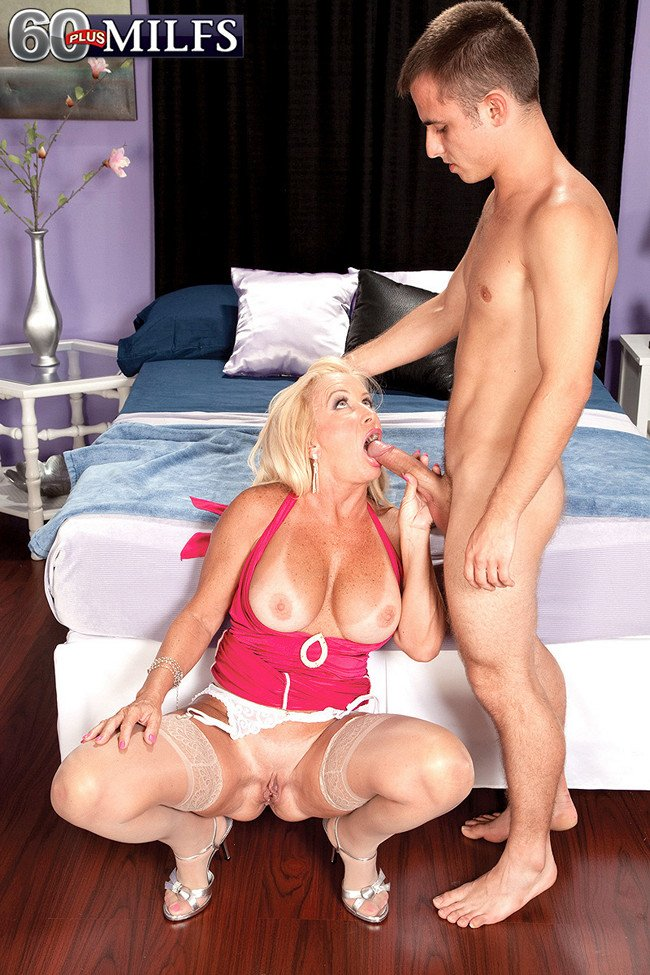 """maturelover on Twitter: """"a super hot scene from the past ..."""