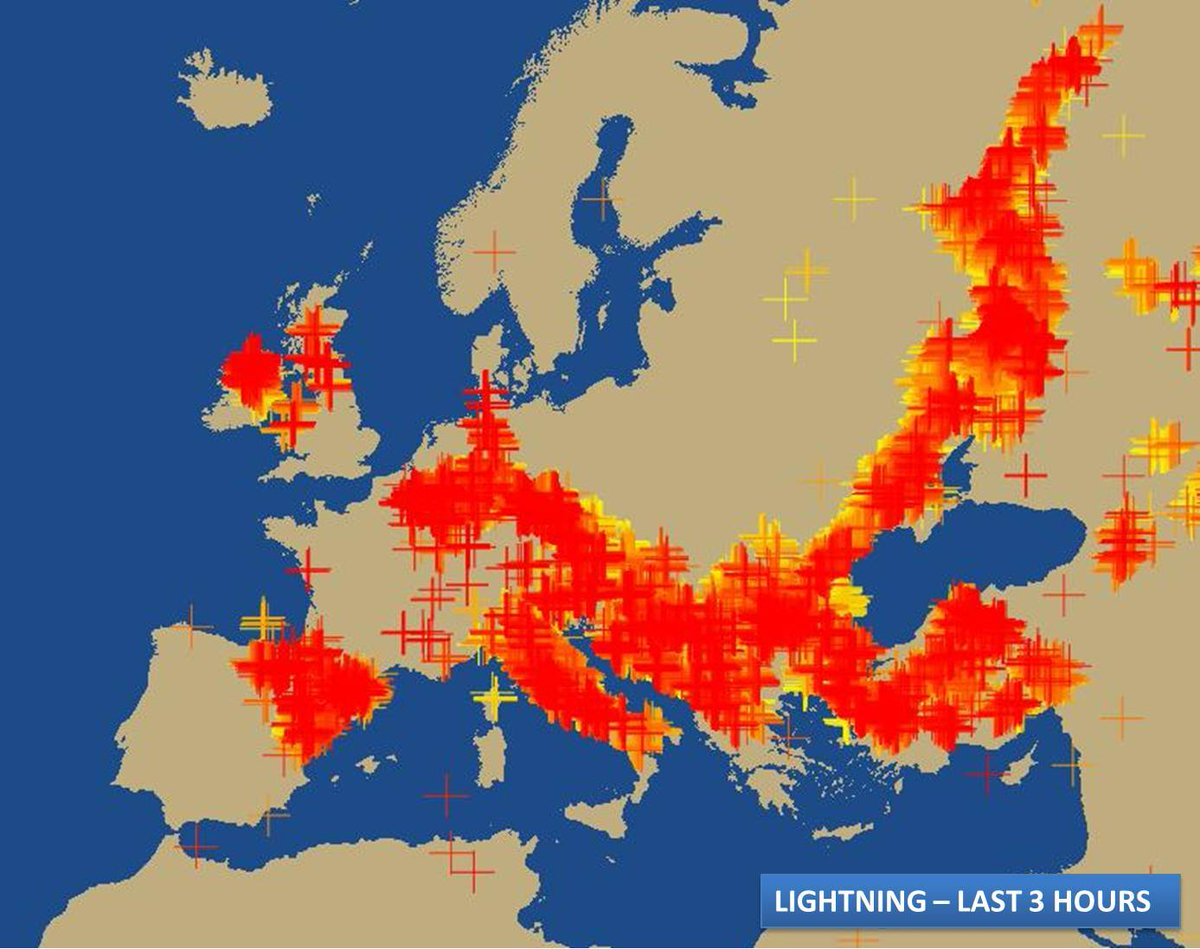 Close to 45 THOUSAND flashes of #lightning across Europe in the last 2 hours. https://t.co/2ghLkIBnp9