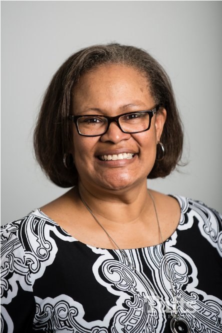 Congrats to Karen Richardson, our new Dean of Undergrad Admissions and Enrollment Management https://t.co/pgGJegUlDC https://t.co/72ITHfwB5v
