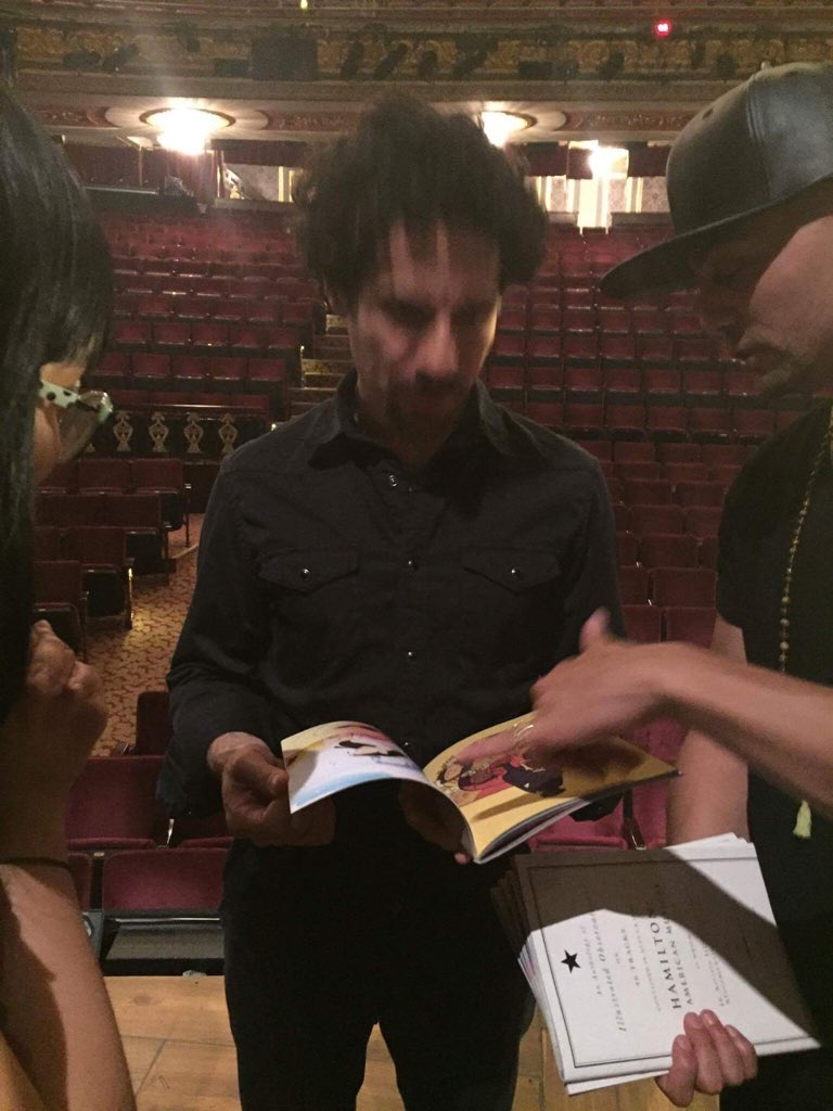 .@LacketyLac (who is blurry here sorry!!) was also a total sweetheart about it! https://t.co/E99h8fp9b5