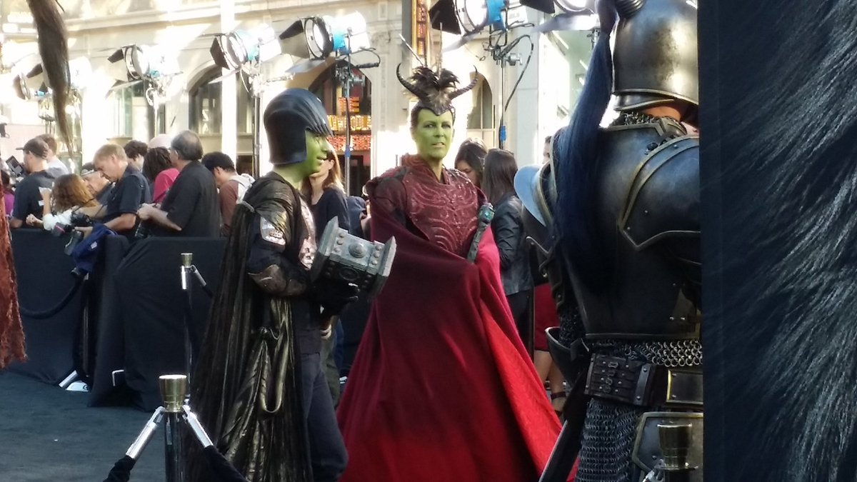 Jaime Lee Curtis has shown up at the Warcraft premiere in