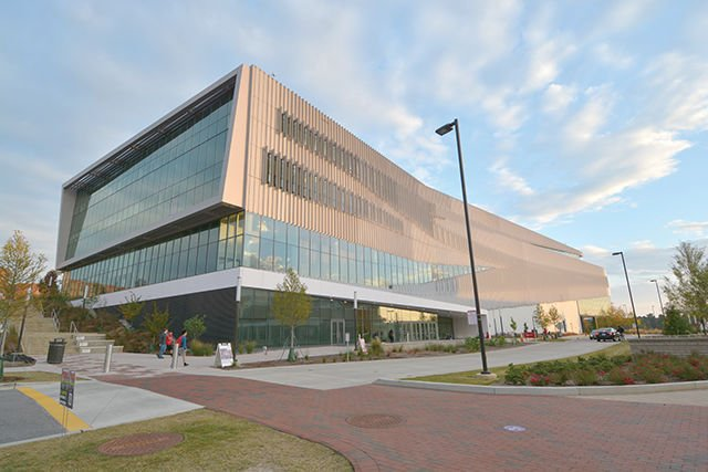 Congrats to the @NCSULibraries for winning 2016 National Medal for Museum & Library Service! https://t.co/aAIIdvk4ln https://t.co/o6ORPAXfjB
