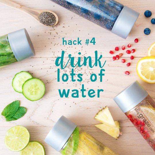 Follow these 5 hacks from our nutritionist to hit your goals this summer #TuesdayMotivation https://t.co/b3lnSYMrq8 https://t.co/sHdmncnLSF