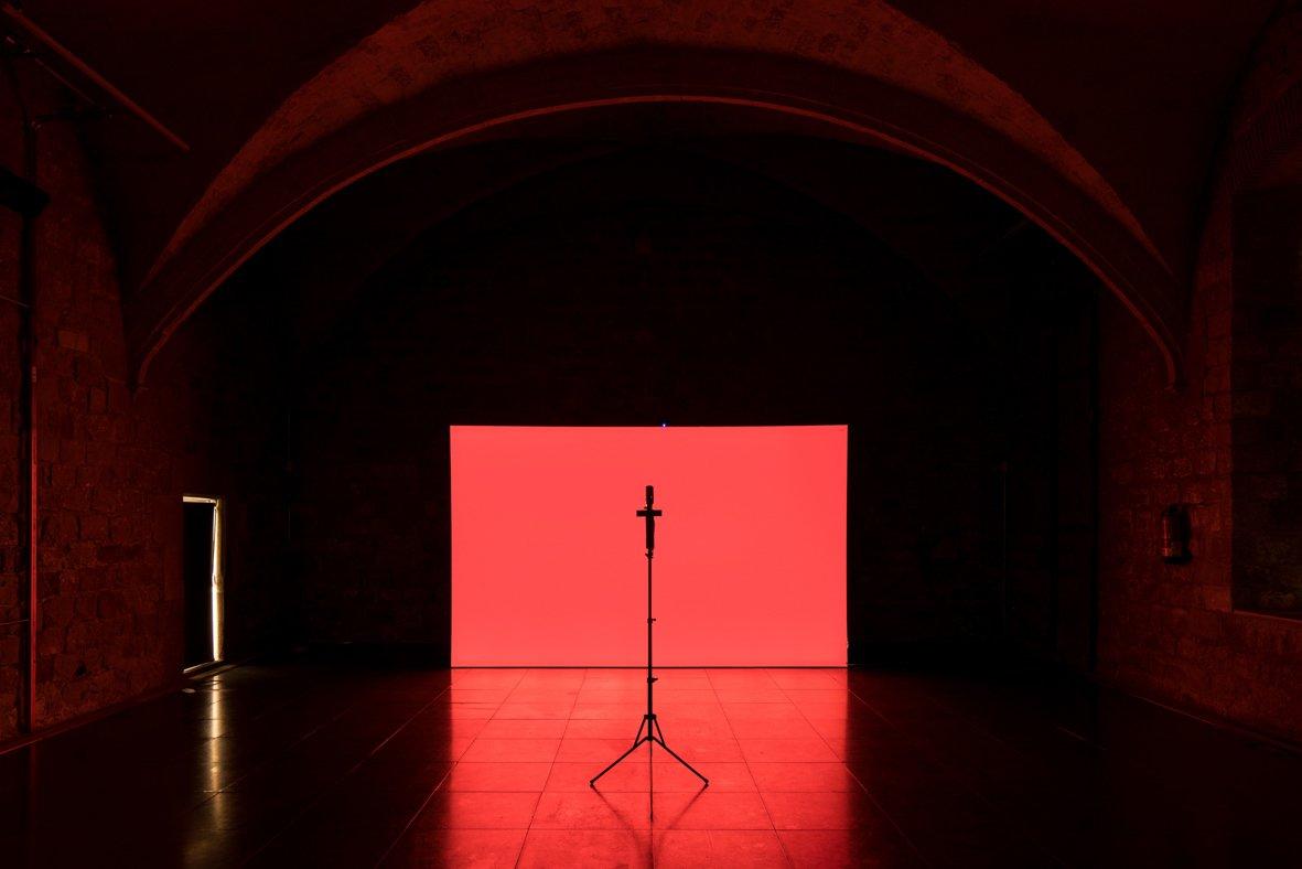 HOY ÚLTIMO DÍA! Exposición 'No temeré mal alguno' de #HernándezDíez @MACBA_Barcelona. Hasta las 15h! #lastchance https://t.co/LrtD4Ab0A0