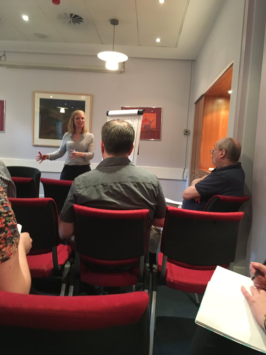 Session 2-build a case for support Also going on is legacy fundraising successes & digital vs print #fundraisingcamp https://t.co/hQTMAfQZ4f