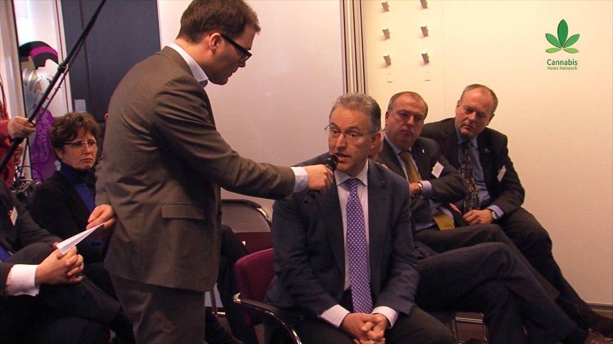 Een driedelige miniserie over het failliete Nederlandse #gedoogbeleid: http://bit.ly/1ZuOZE6 #VNGcongres2016 #VNG