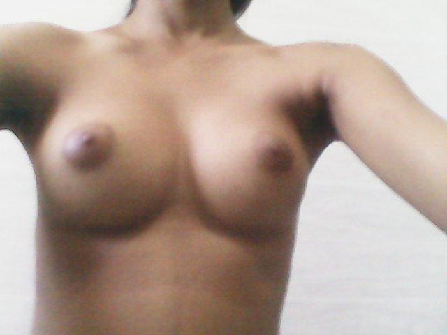 Nude Selfie 5976