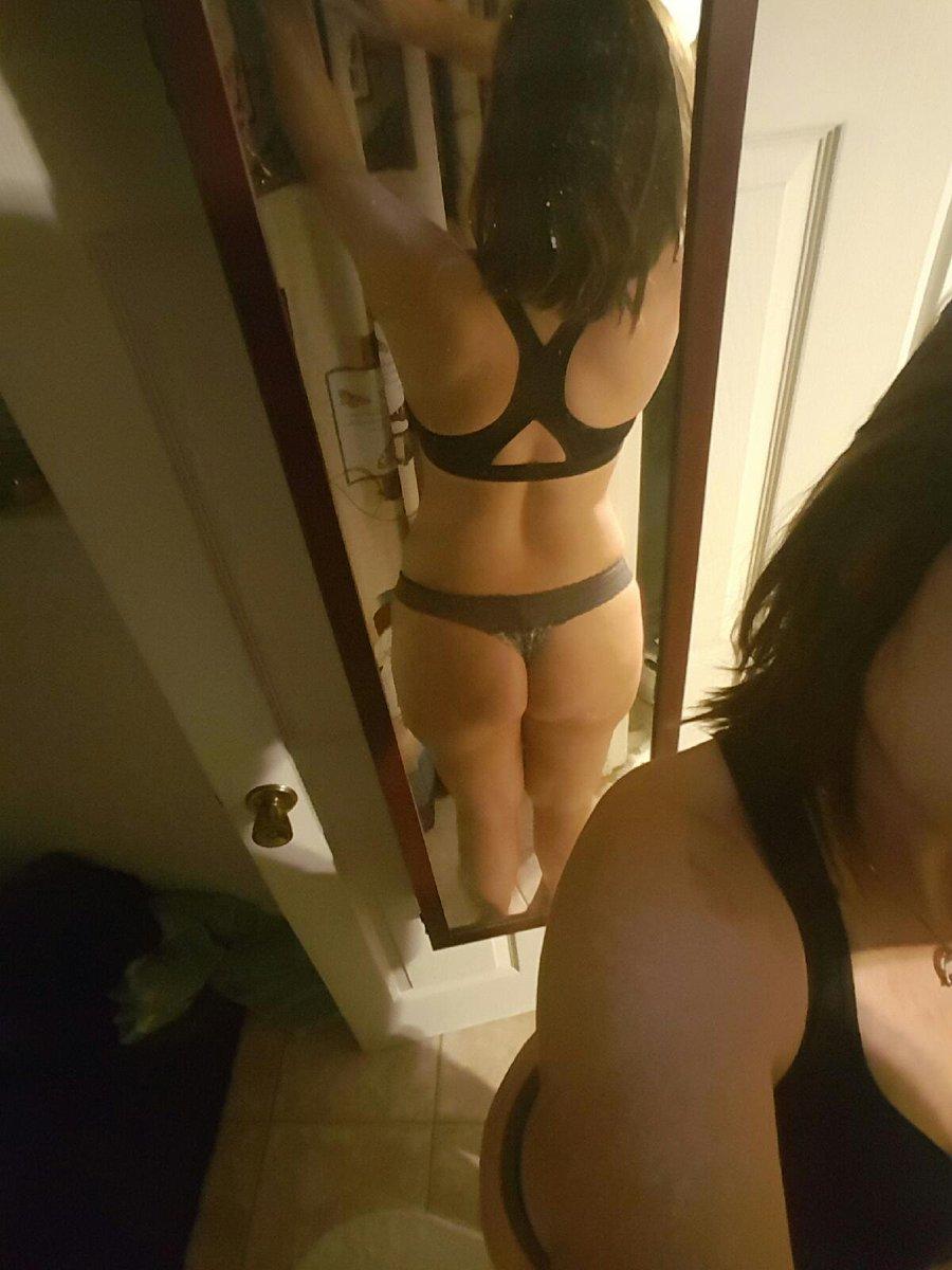 Nude Selfie 5988
