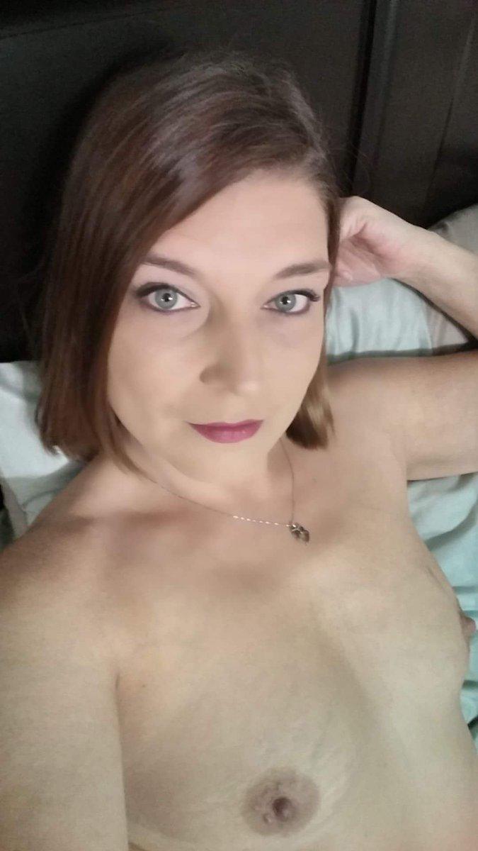 Nude Selfie 5989