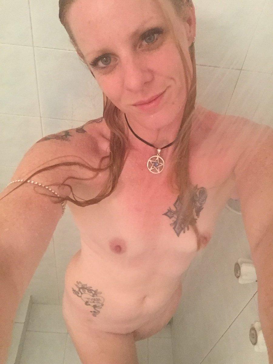 Nude Selfie 6056