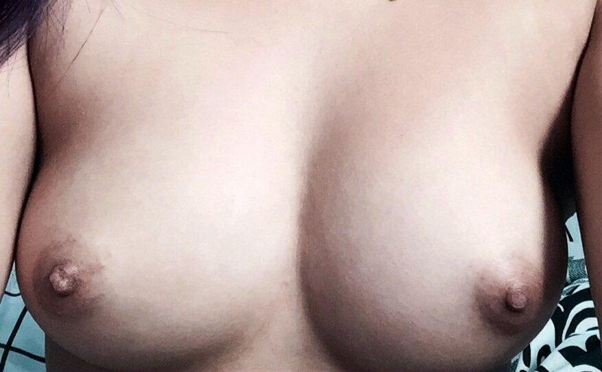 Nude Selfie 6052
