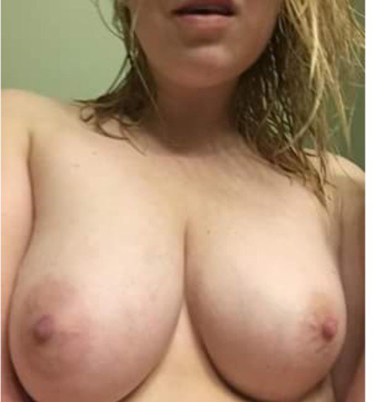 Nude Selfie 6109