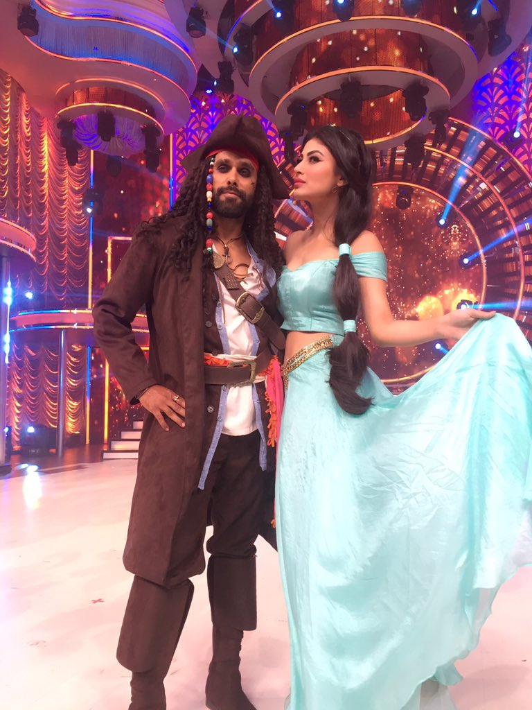 Mouni Roy,hot,pic,latest,image,picture,photos,So You Think You Can dance,Jasmine,&TV,And TV,Captain Jack Sparrow